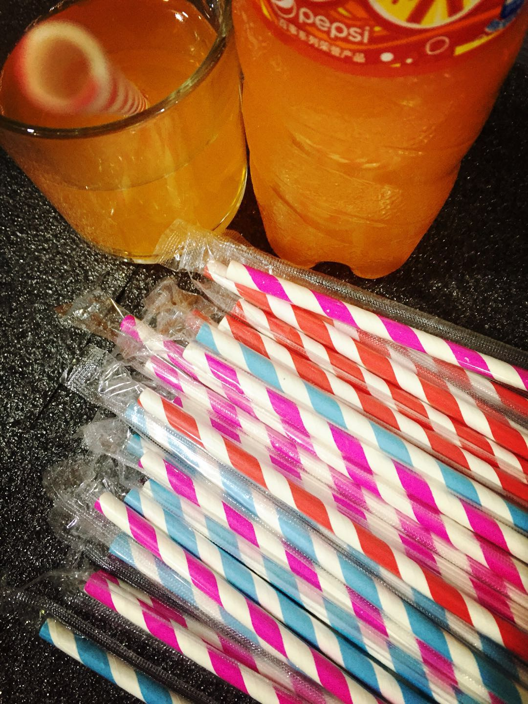 Telescopic Paper Straws for The Flavoured Milk